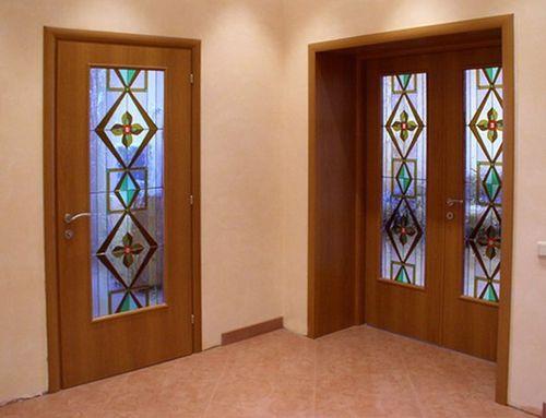 Выбираем дверь в зал