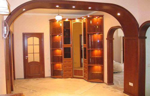 Дизайн интерьера с дверным проемом без двери