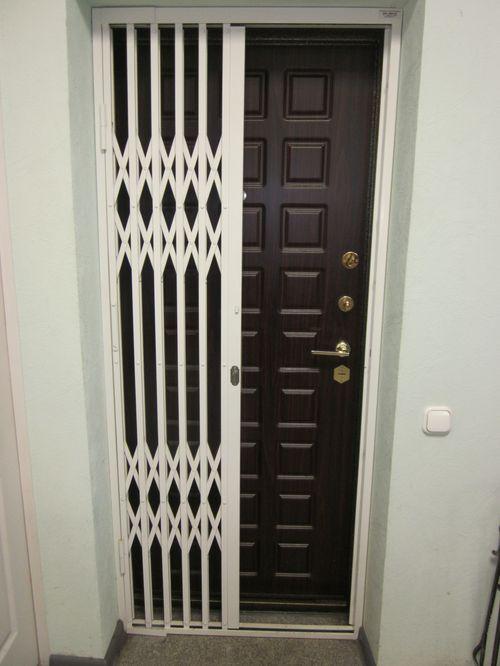 Выбираем решетки на дверь