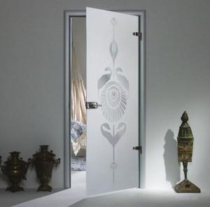 Дверь из стекла триплекс