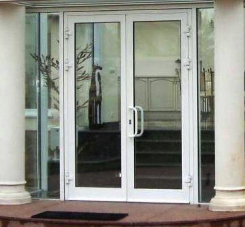 vxodnye_plastikovye_dveri_06
