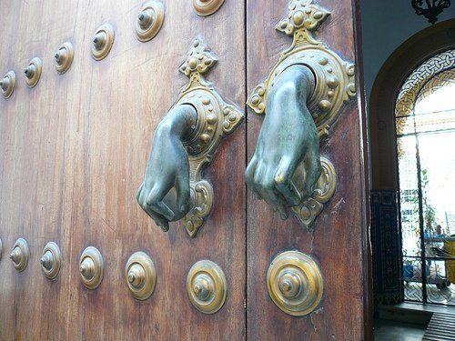 ruchki_dlya_vxodnyx_dverej_06