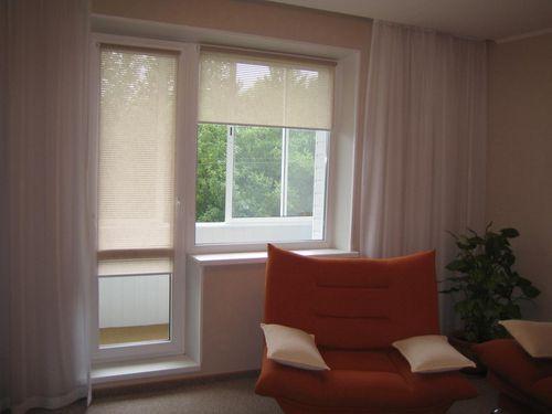 Выбираем шторы на балконную дверь