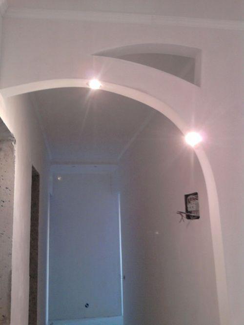 Продумываем дизайн арки в прихожей