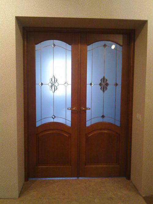 dvuxstvorchatye_dveri_v_interere_05