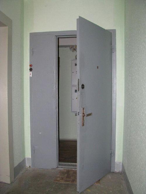 tamburnye_metallicheskie_dveri_04