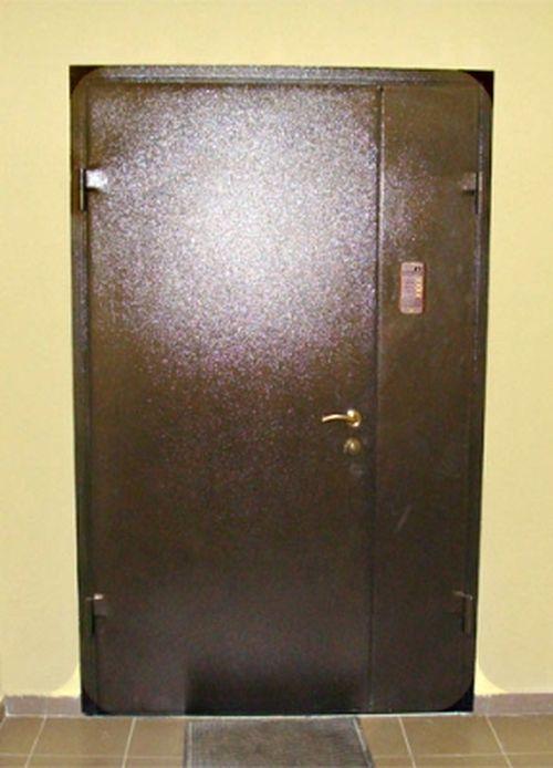 tamburnye_metallicheskie_dveri_05