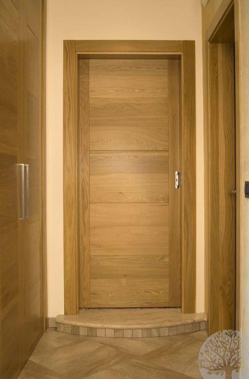 Выбираем двери из натурального дерева