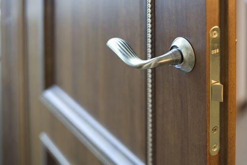Выбираем межкомнатные двери с притвором