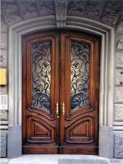 mezhkomnatnye_ili_vxodnye_dubovye_dveri_04