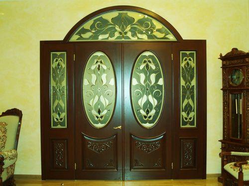 mezhkomnatnye_ili_vxodnye_dubovye_dveri_05