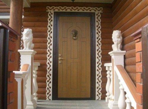 Kako postaviti lesena vhodna vrata
