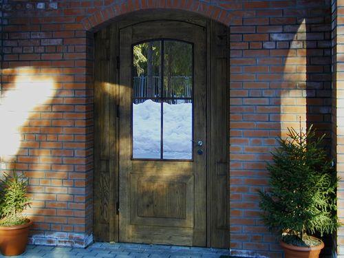 arochnye_vxodnye_dveri_dlya_doma_11