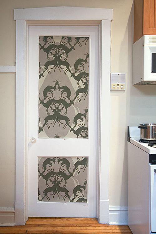 krasivyj_dekor_mezhkomnatnyx_dverej_10