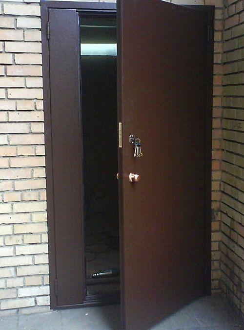 metallicheskie_podezdnye_dveri_03