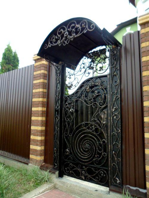 vxodnye_kovanye_dveri_dlya_doma01