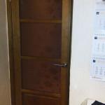 Березовая дверь.