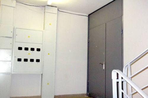 Тамбурные двери на лестничную площадку_7