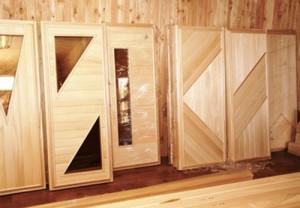 Самодельные двери
