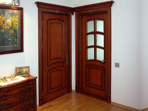 mezhkomnatnye_dveri_krasnoe_derevo_1