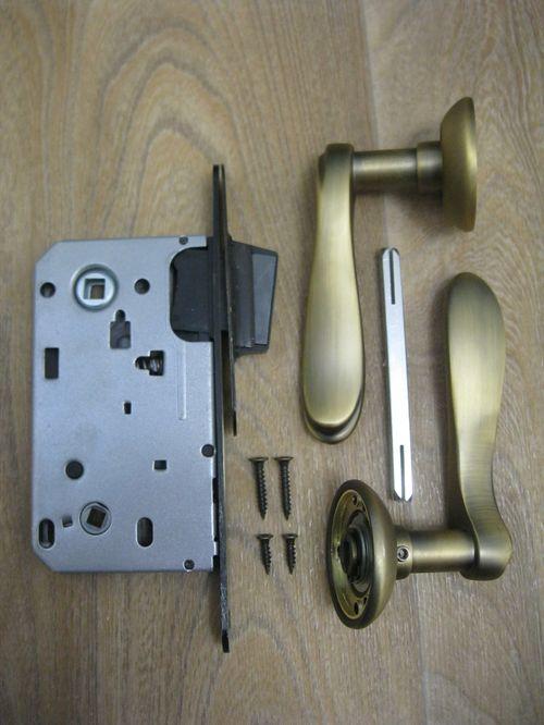 Как установить магнитную защелку на двери