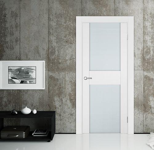 Белые двери эмаль