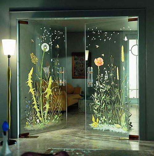 Стеклянные двери с узором