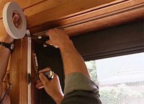 Советы по утеплению деревянных дверей
