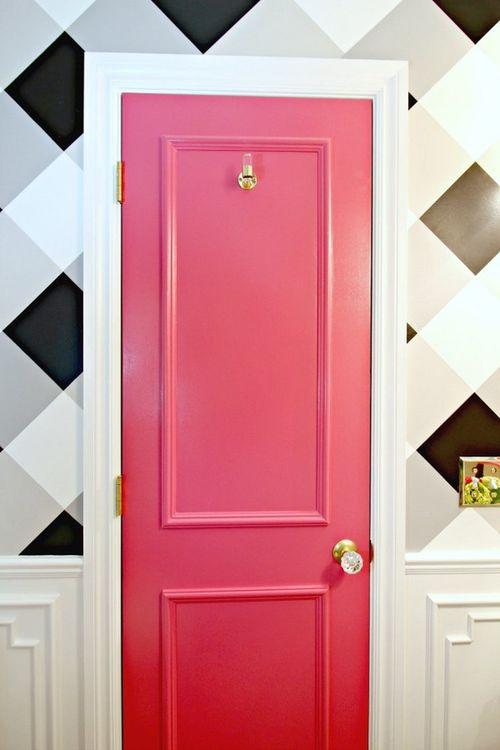 Оригинальные идеи оформления межкомнатных дверей